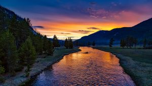 yellowstone-national-park-1589616_1280